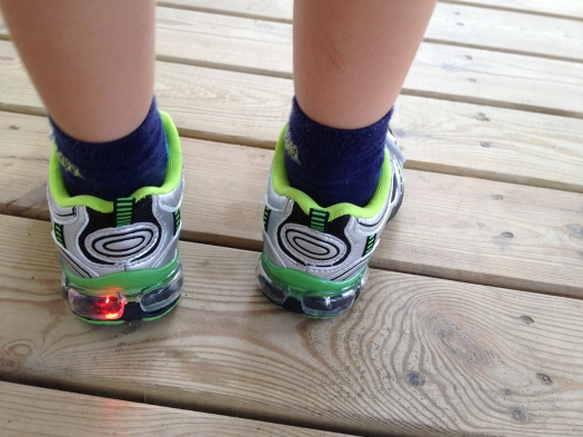 running shoes that help you stand up